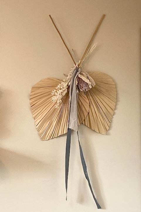 Tropical Dried Floral Wall Hanger