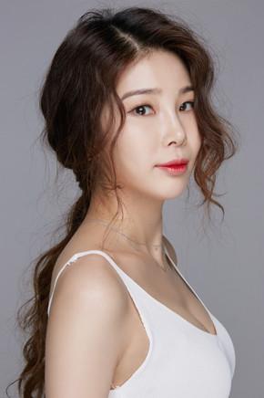 Kim Hee