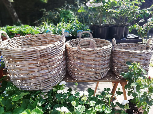 ROUND BASKETS WITH EAR HANDLES