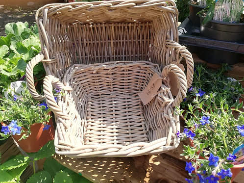Low square basket with handles