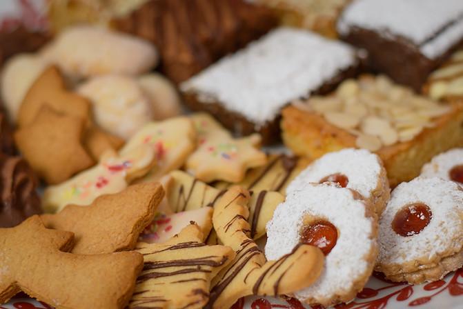 Christmas Bakes Selection Box