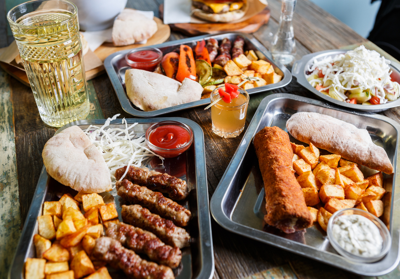 HKP_2998_col_Food_Serbs_1280