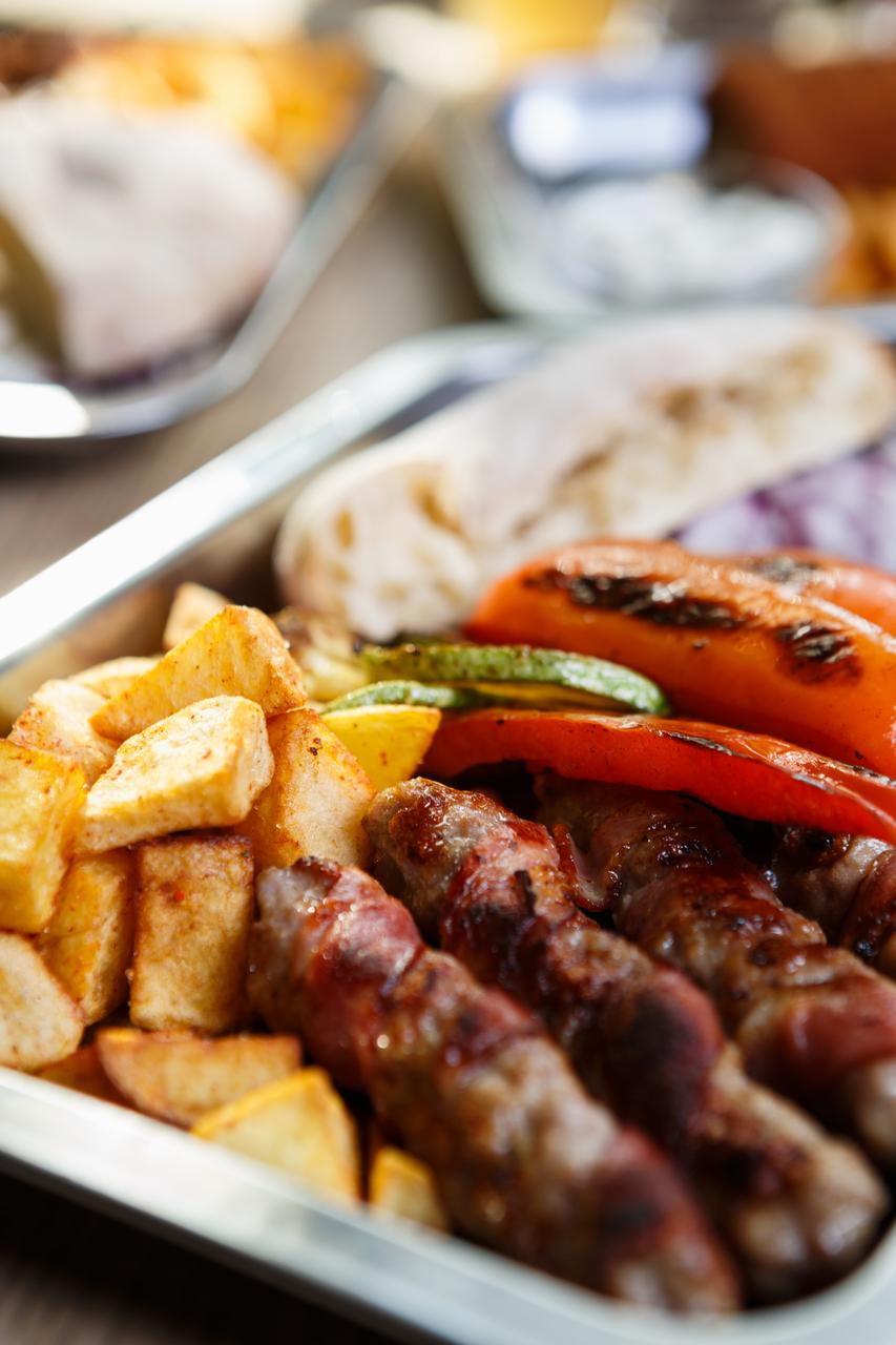 HKP_2968_col_Food_Serbs_1280