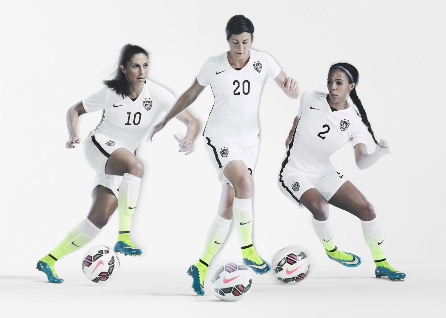 Nike 4 15