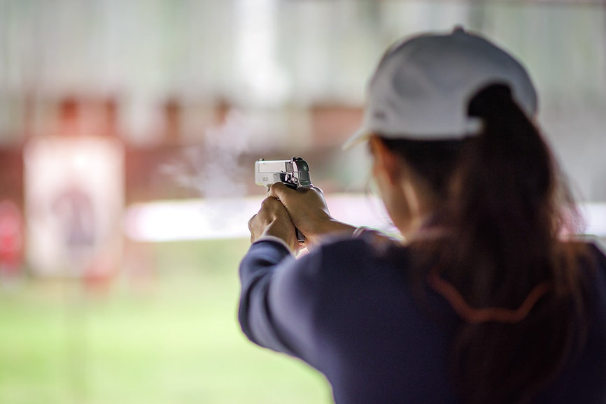 woman-shooting-handgun.jpg