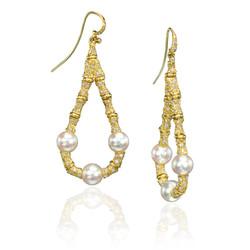 Pearl Earring.jpg