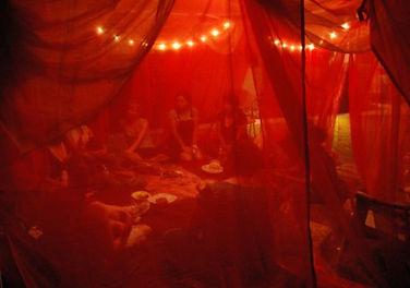 Tenda Vermelha