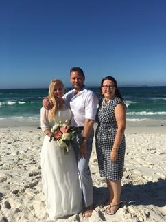2018 Amanda & Mark, Hyams beach.jpg