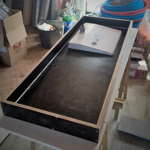 houten mal voor betonnen wastafel