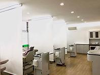 視覚的プライバシーを 配慮した診察室  