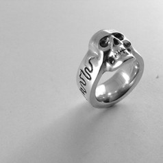 Skull Ring - Sterling SilveBlack and Whi