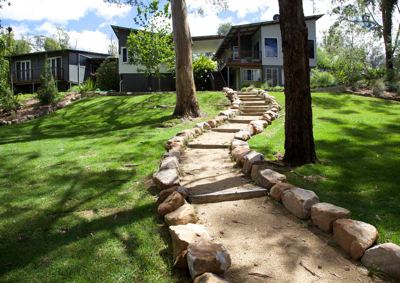 CRUSHED GRANITE PATH & TURF