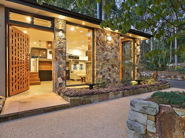STONE CLAD WALL & ENTRY GARDENS