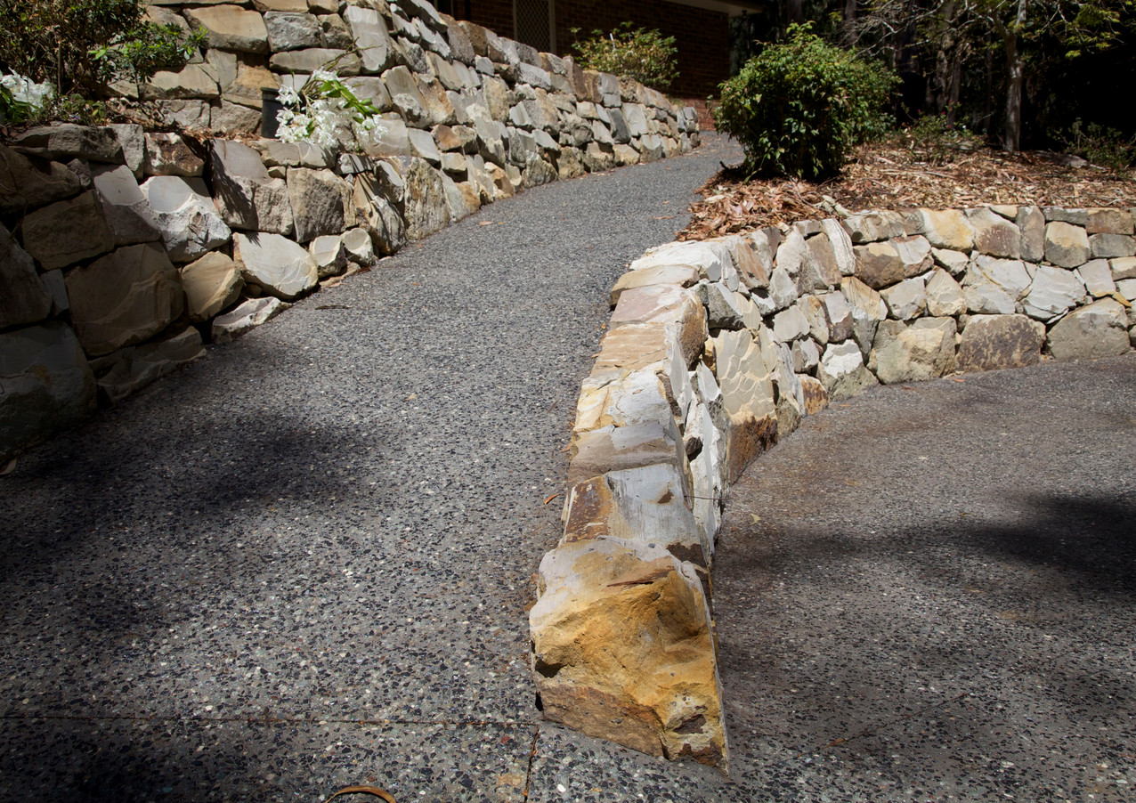 STONE & EXPOSED AGGREGATE