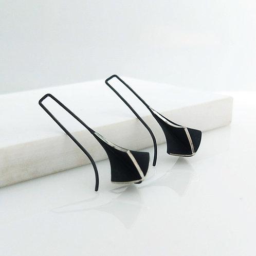 Long Arrow Form X-series Earrings