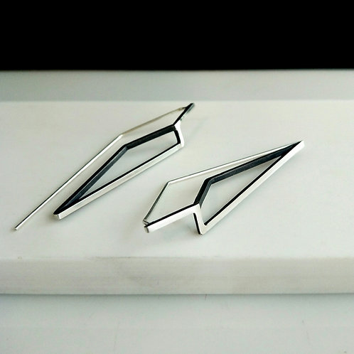 Pointed Hook Continuum Earrings