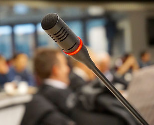 microphone-704255_960_720.jpg