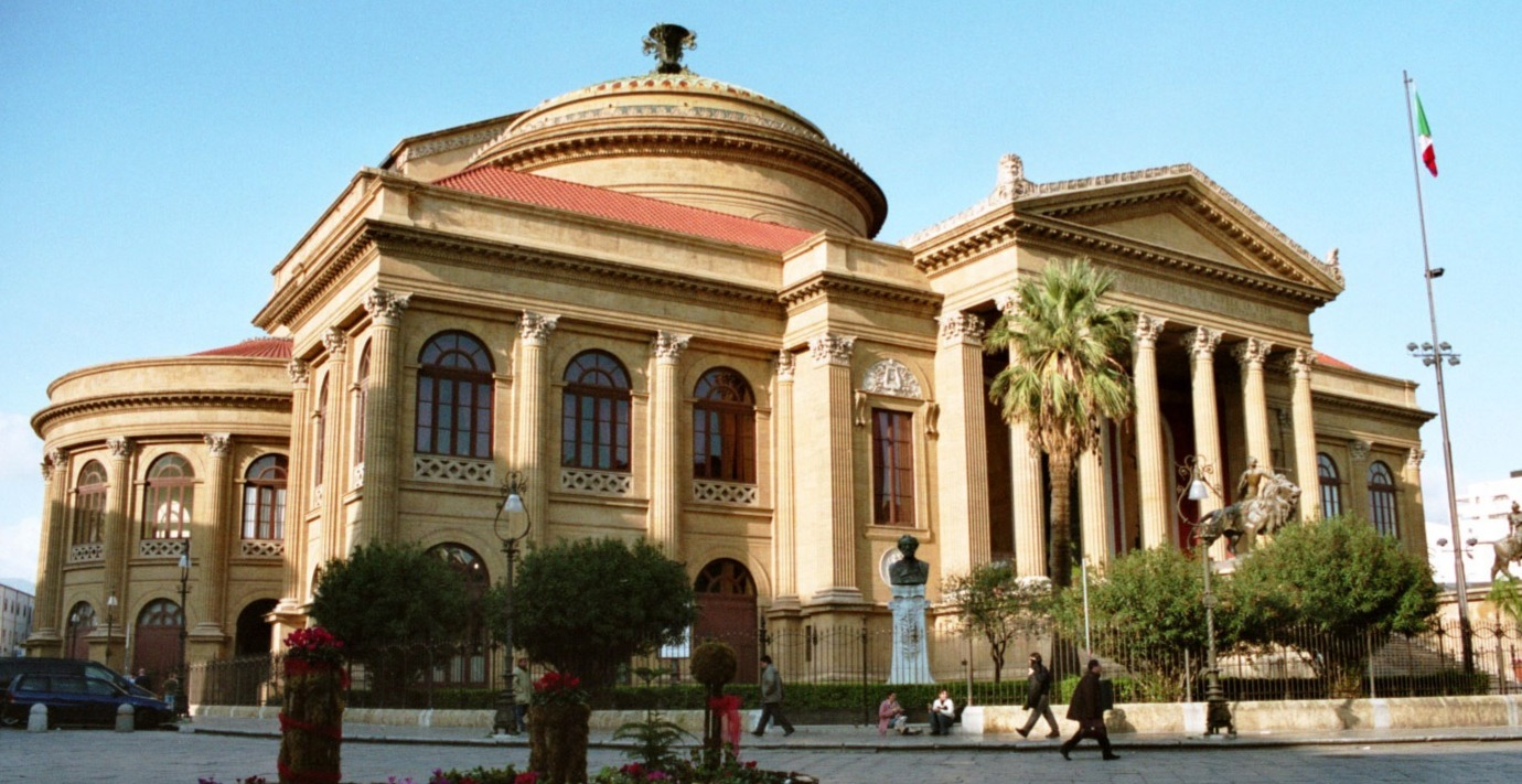 Palermo-Teatro-Massimo-bjs2007-04_edited