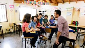 Uniendo alumnos, padres y educadores online para mejorar los aprendizajes
