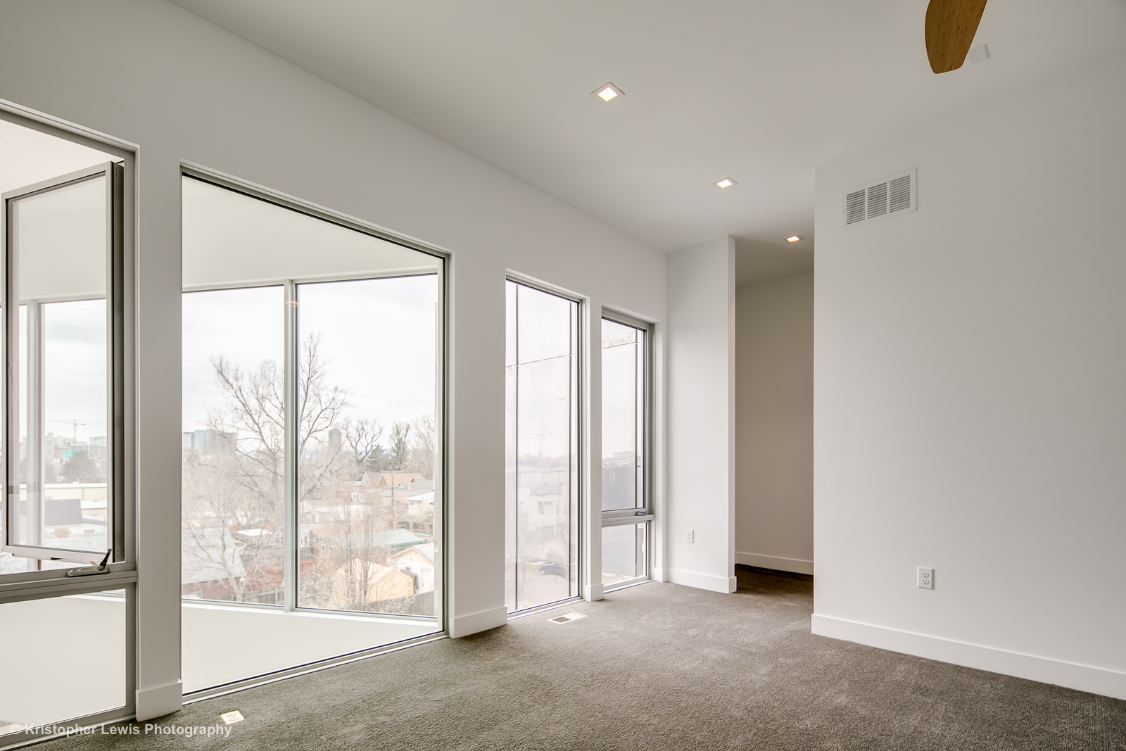 23_Third Level-Master Suite-Bedroom-4