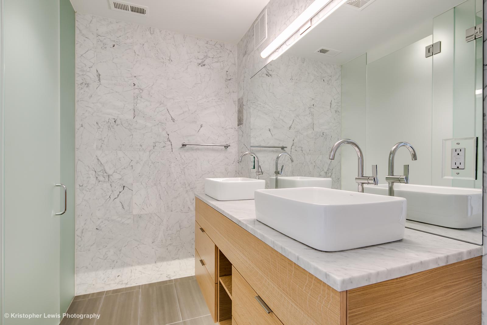 6_Second Level-Master Suite-Bathroom-1