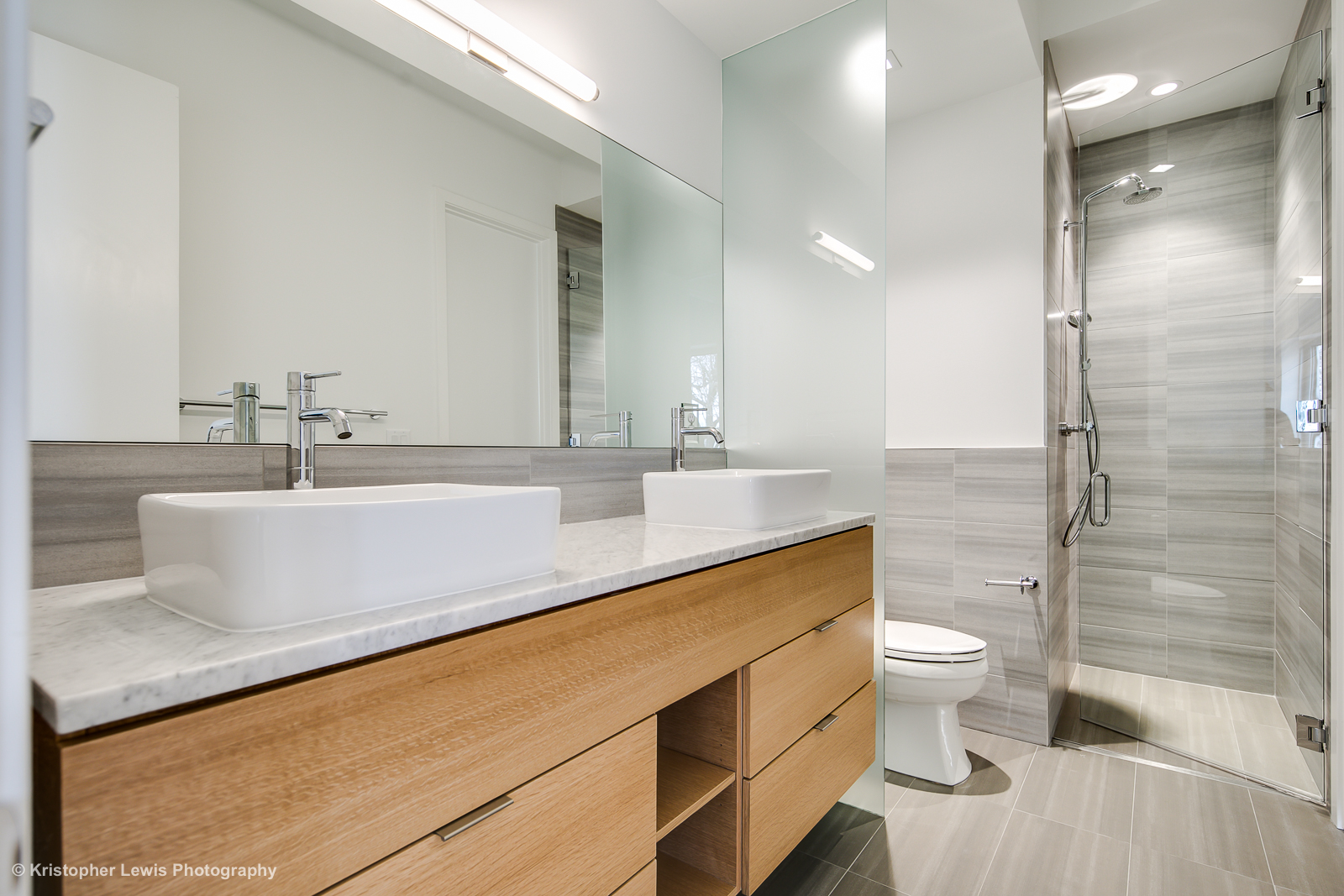 21_Second Level-Bathroom One-1