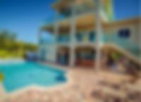 Backyard Beautiful Pool & Outdoor Kitche