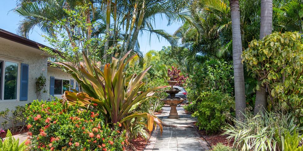 Beautiful Tropical Gardens.jpg