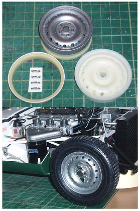 1/8 scale Resin 'Dunlop' wheels