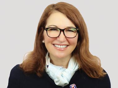 Davidson Strategically Secures Global Data Expert Lisa Hammitt