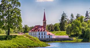 Приоратский дворец в Гатчине