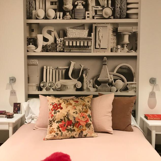 hollandpark_bedroom