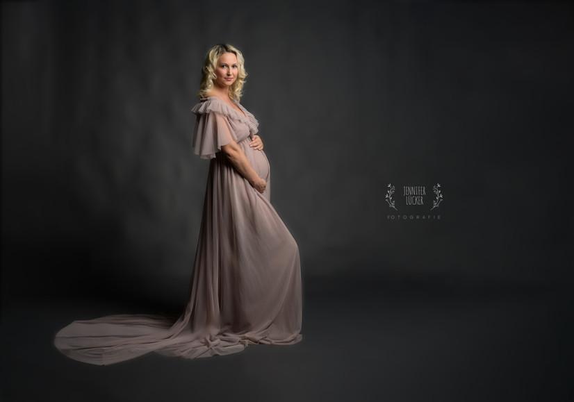 Jennifer-Lücker-Schwangerschaft-foto.jp
