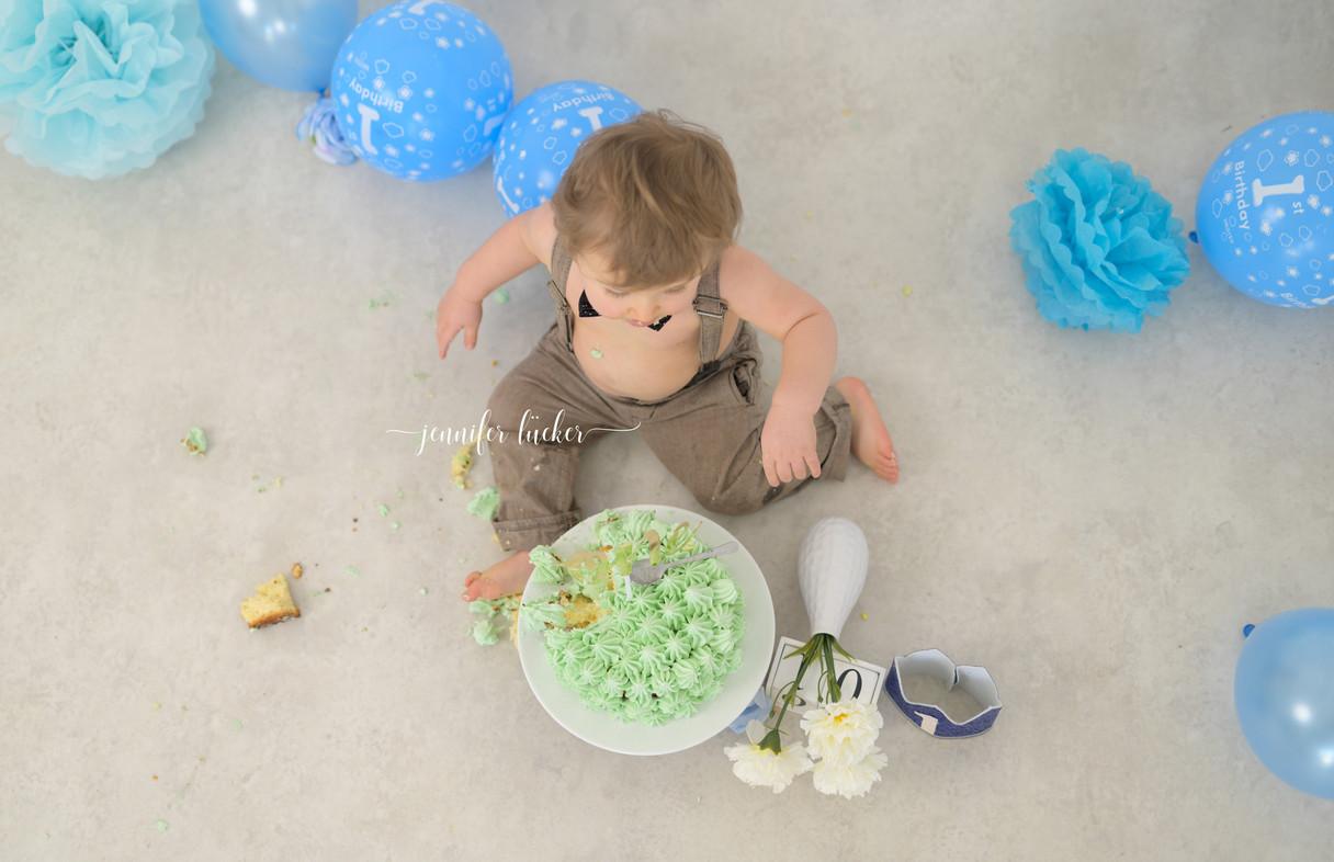 JenniferLuecker-Geburtstagsfotoshooting-Kerpen-bei-köln.jpg