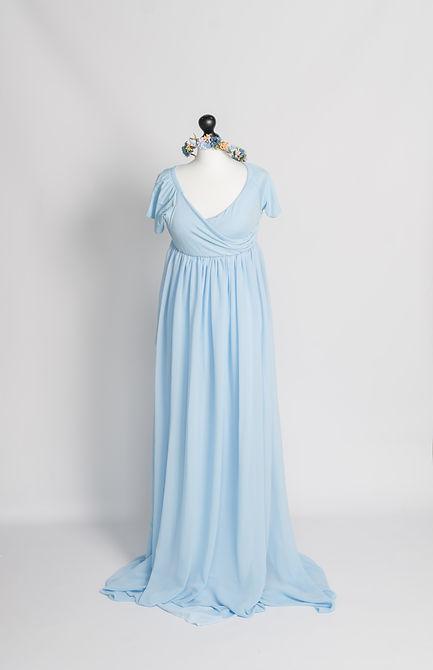 Jennifer-Luecker-blaues-schwangerschaftskleid-für-babybauchfotos.jpg