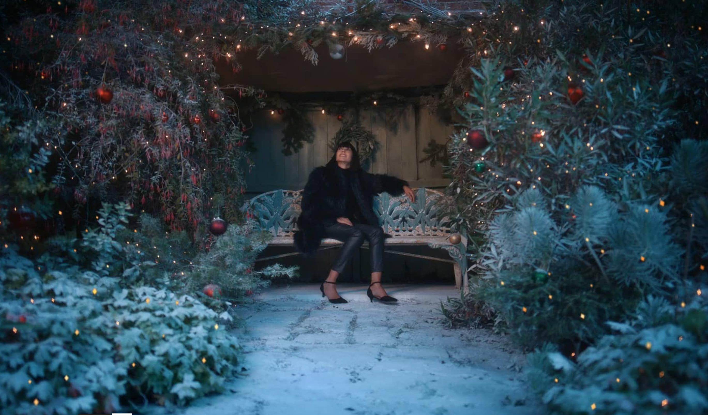 JD Williams - Christmas - Compliments.