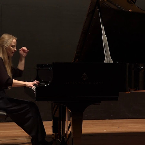 Grażyna Bacewicz - Piano Sonata No. 2: III. Toccata. Vivo, Neringa Valuntonyte