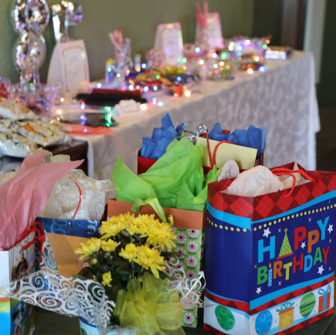 How to throw a birthday bash for a Great Grandma