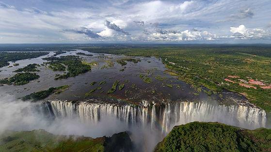 325970-lake-waterfall-trees-landscape-Za
