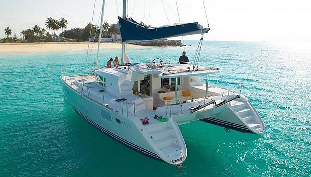 Catamaran%202_edited.jpg