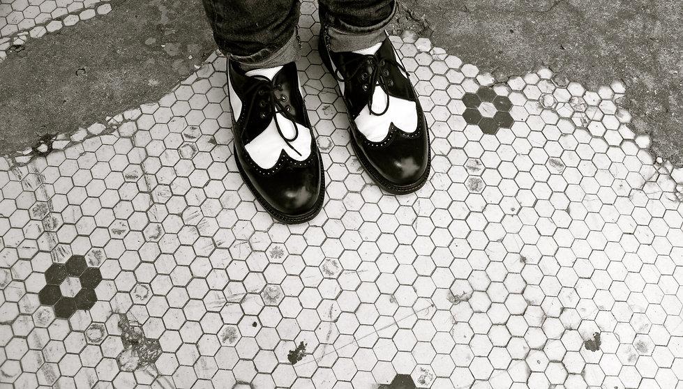 lmsshoes-1.jpg