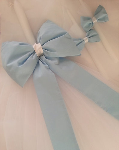 Simple Bow Baptism candle