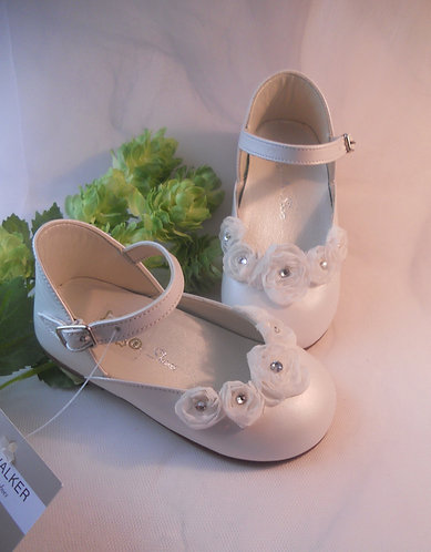 Imported Luxury White Pearl shoe /White flowers