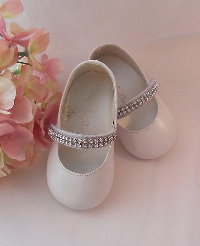 Imported Luxury White Pearl shoe/Rhinestone maryjane