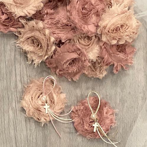 Shabby Chic flower martyriko pin