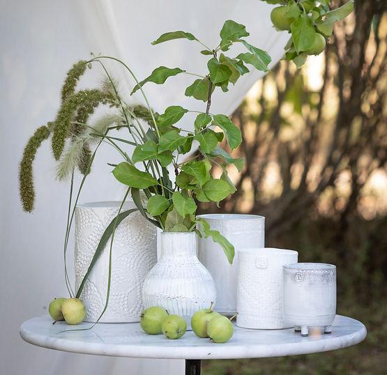 vaser under äppelträd-9011.jpg