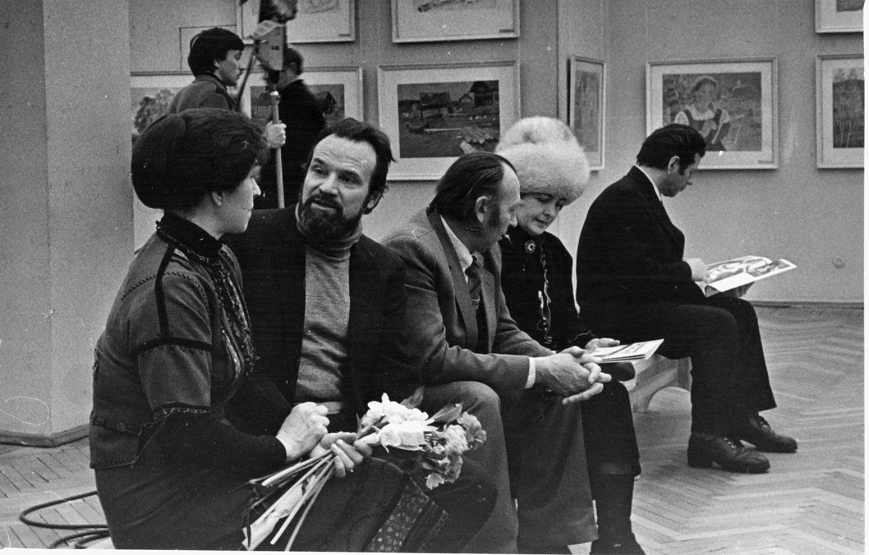 На выставке И. Воробьевой
