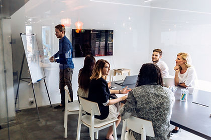 office-presentation-business-MGJW9U5.jpg