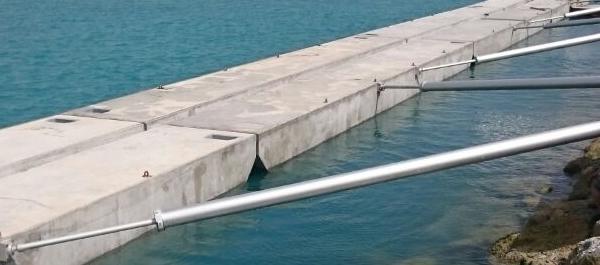 Pontoon concrete