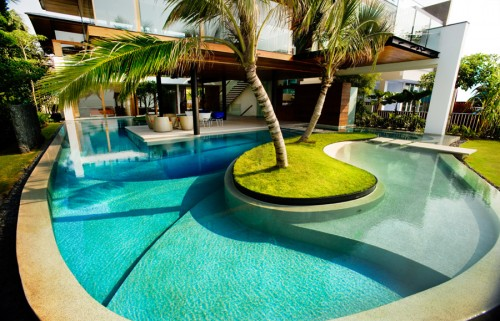 Swimming Pool Cleaning Porter Ranch
